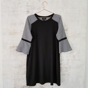 AGB knit A line dress size large